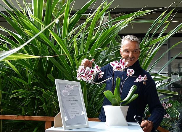 Wolfgang Joop Taufe einer Orchidee