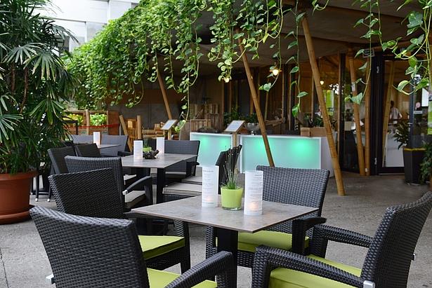 Café Tropencamp in der Biosphäre Potsdam